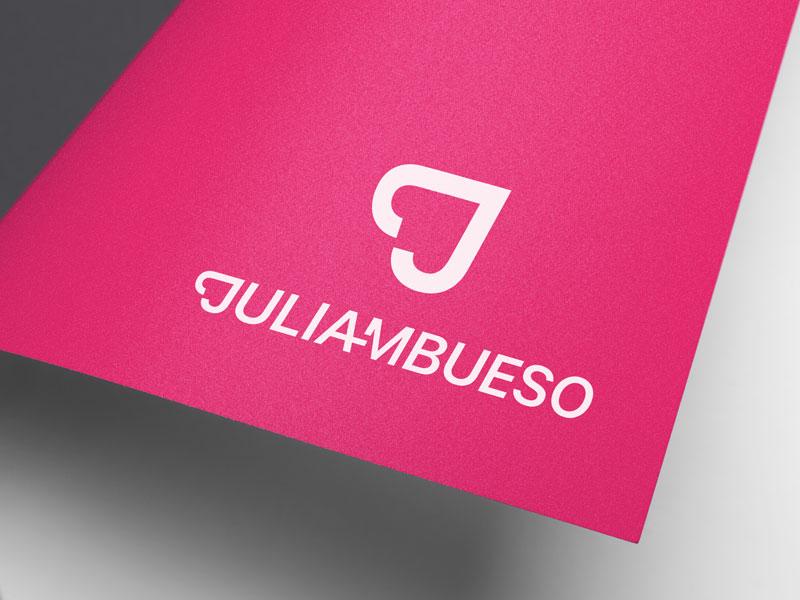 Julia MBueso